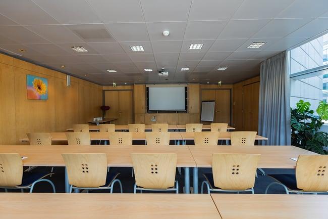 Groupe-NCI-Centre-Affaires-Luxembourg-salle-de-reunion-conference (3)
